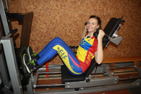 Suwnica firmy HBP do wzmacniania mięśni nóg