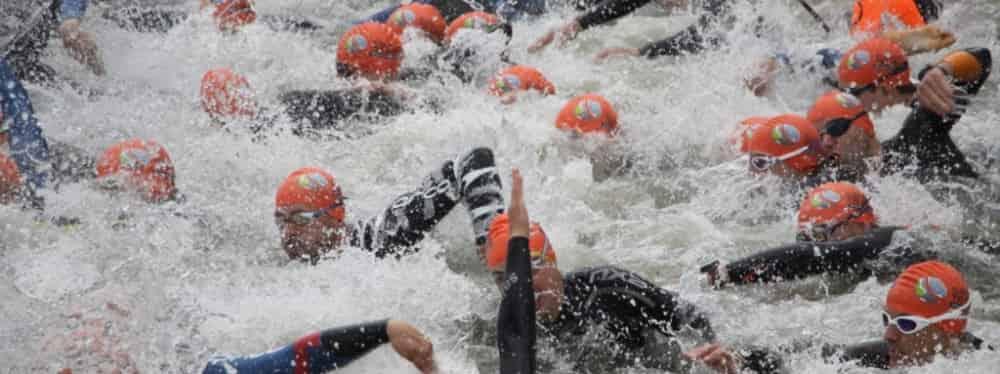 Start do pływania w triathlonie amatorskim